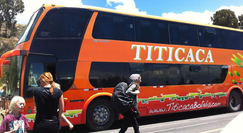 Bus: Puno – Copacabana – La Paz