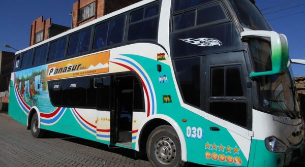 Bus: Puno – Copacabana – La Paz (Direct bus)