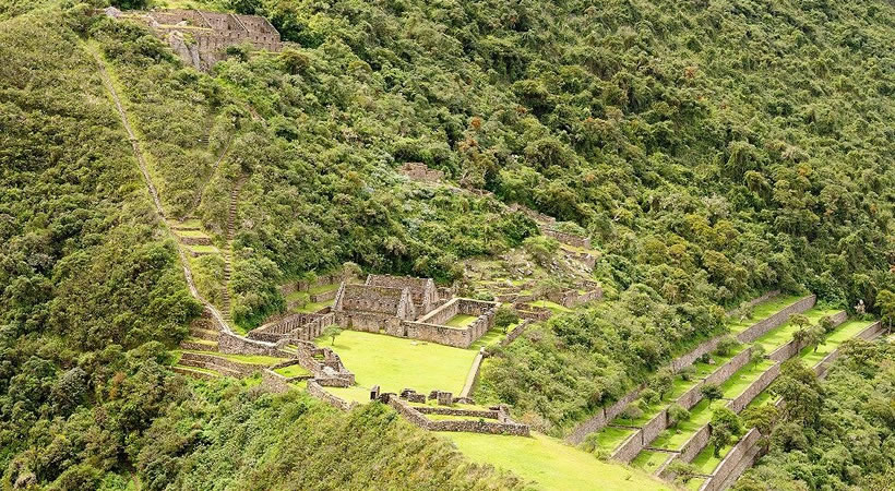 Cusco: City tour, Mountain of 7 colors, Sacred valley – Aguas calientes – Machupicchu (5d/4n) / Collective service