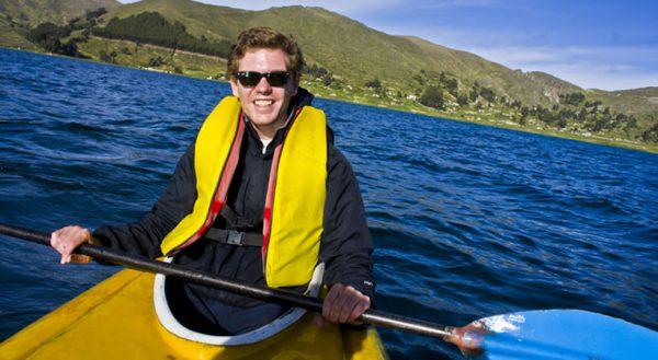 Kayaking islas flotantes de los Uros (Medio día) / Servicio colectivo
