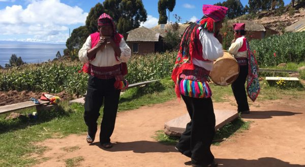 Tours to the Uros – Amantani and Taquile islands (3d/2n) / Shared service