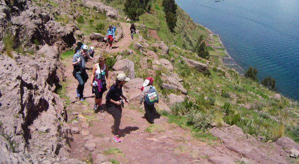 Titicaca experiential: Puno – Sillustani – Uros – Amantani – Taquile – Sun route (Puno – Cusco / 4d/3n)